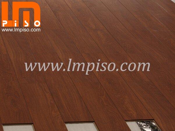 Beveled painted v groove easy lock eir finish laminate for Easy lock laminate flooring